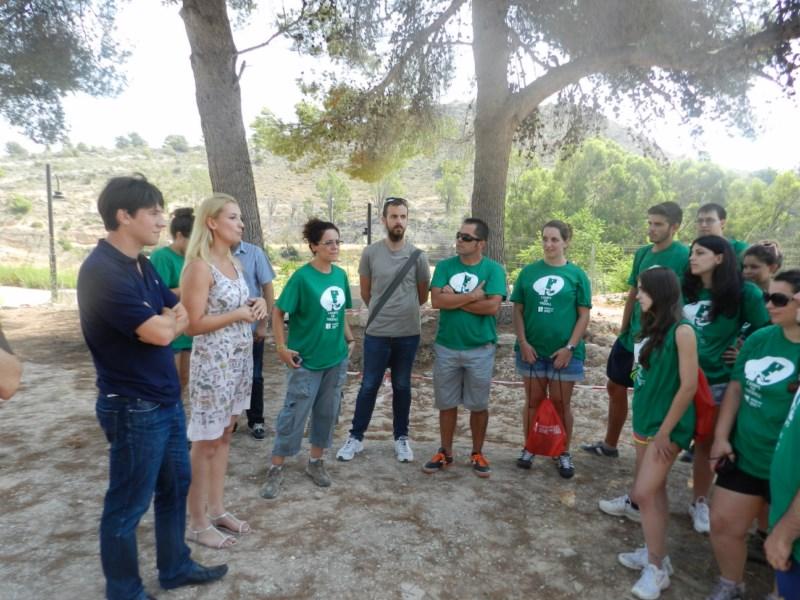 Jóvenes arqueólogos en busca de la historia de la Torre de Sant Josep