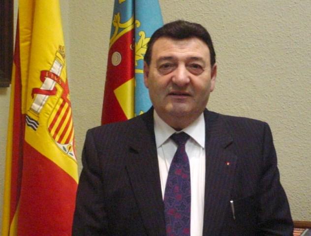 Luto en Gata por la muerte del exalcalde Gabriel Feliu