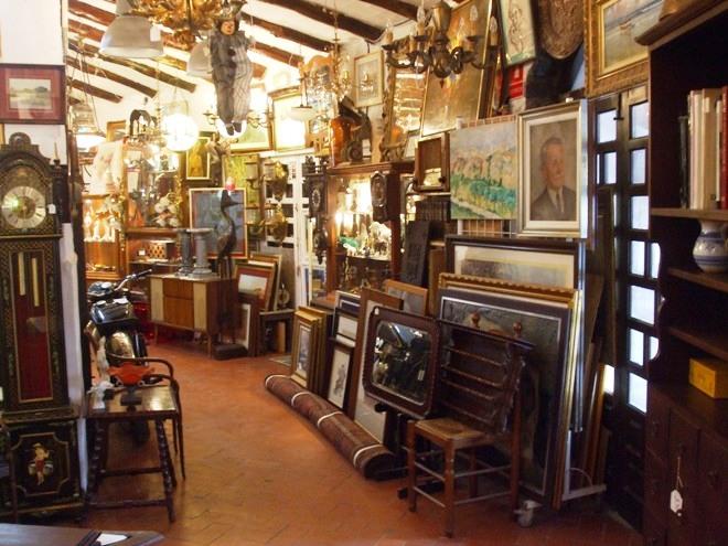 Tiendas segunda mano benidorm cool trash tienda de segunda mano en majadahonda with tiendas - Tiendas que compran muebles de segunda mano ...