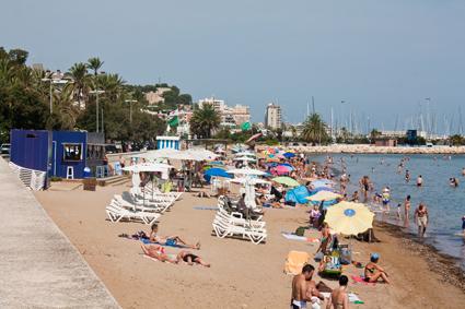 La playa de la Marineta Cassiana