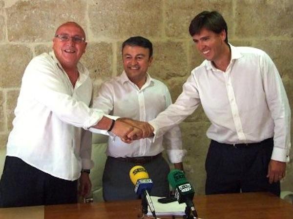 El socio de gobierno del PSOE de Xàbia, en contra del aborto y a favor de la tesis de UPN de enseñar las ecografías