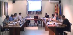 Imatge d'arxiu d'una sessió del ple de l'Ajuntament de Pedreguer.