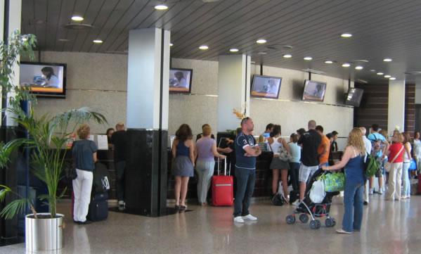 Mejora la ocupación media de la Costa Blanca en noviembre gracias al cierre de más hoteles en invierno