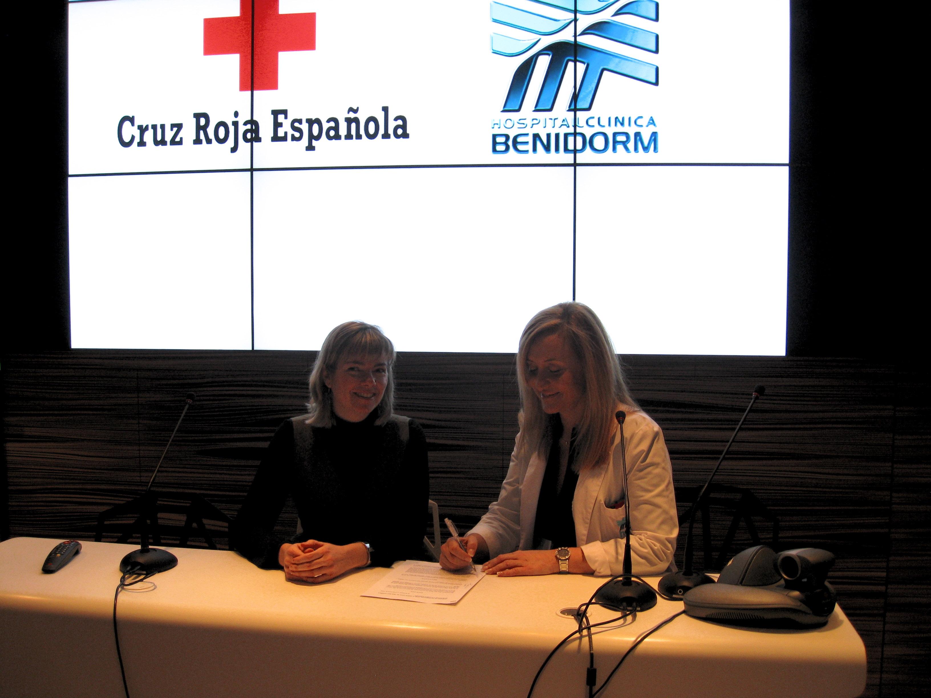 Voluntarios de Cruz Roja acompañarán a pacientes del Hospital Clínica Benidorm que estén solos