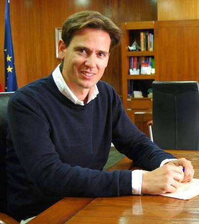 """Xàbia Democrática dice que la enseñanza en valenciano es """"adoctrinamiento"""" y se suma al PP para pedir el modelo trilingüe"""