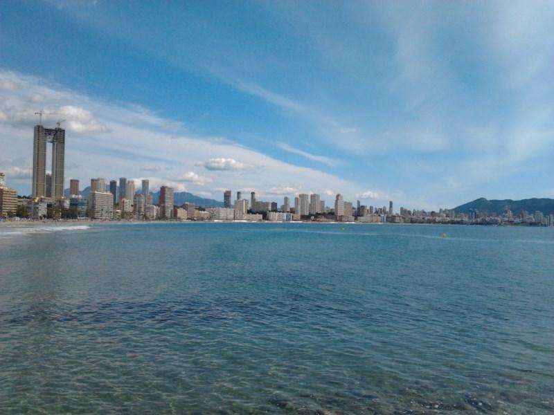 Benidorm se cuela entre los 'skylines más alucinantes' del mundo