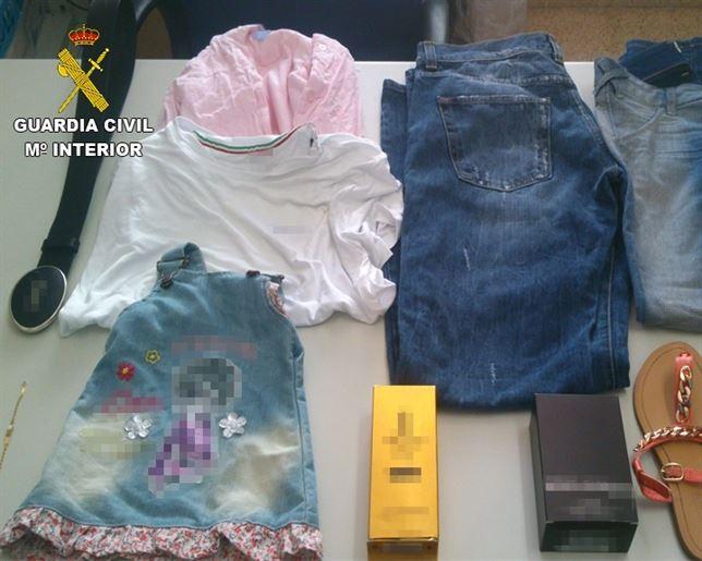 La Guardia Civil detiene a un joven por comprar con la tarjeta de otro por valor de 3.000 euros