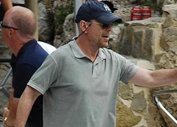 De Bruce Willis a Liam Neeson: estrellas que cerraron playas y pasaron desapercibidas