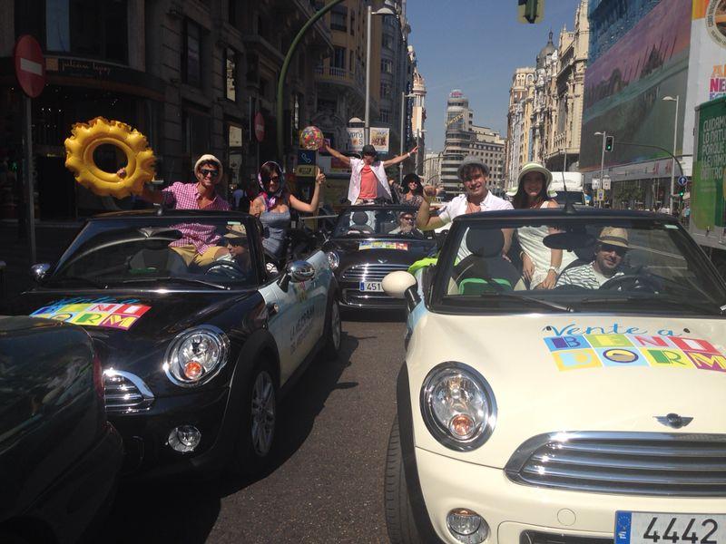 'Cazar' al turista a pie de calle en plena Gran Vía de Madrid
