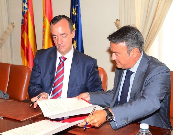 Xàbia, primer municipio de la comarca con una oficina de apoyo a los turistas que sufran un delito