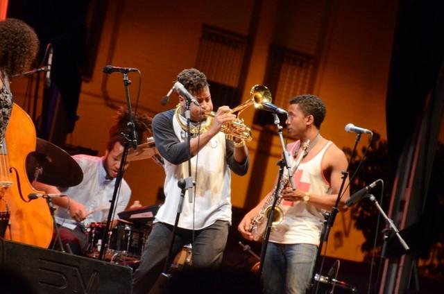 El Xàbia Jazz se despide con otro lleno y la energía del sexteto de Christian Scott