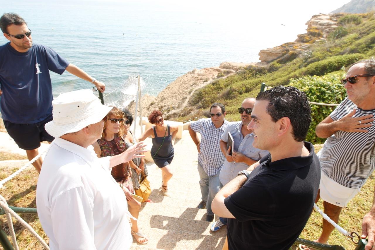 De la playa al Faro de l'Albir a través de senderos