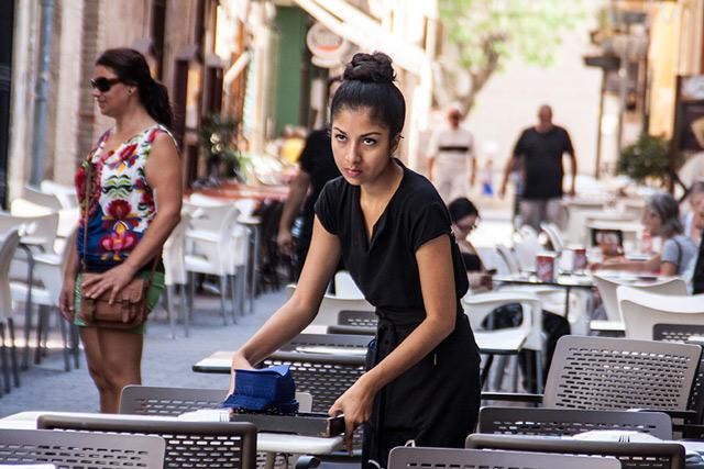 La contratación turística rebaja en casi un 5% el paro en la comarca