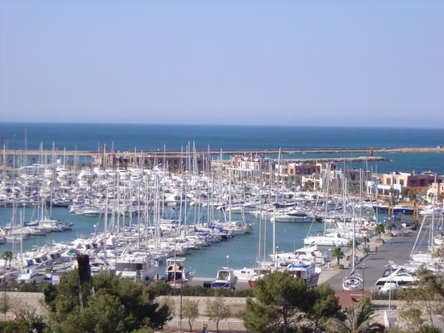 """El puerto de Dénia ya supera """"oficialmente"""" los 2.000 amarres deportivos y lidera la oferta de la Comunidad"""