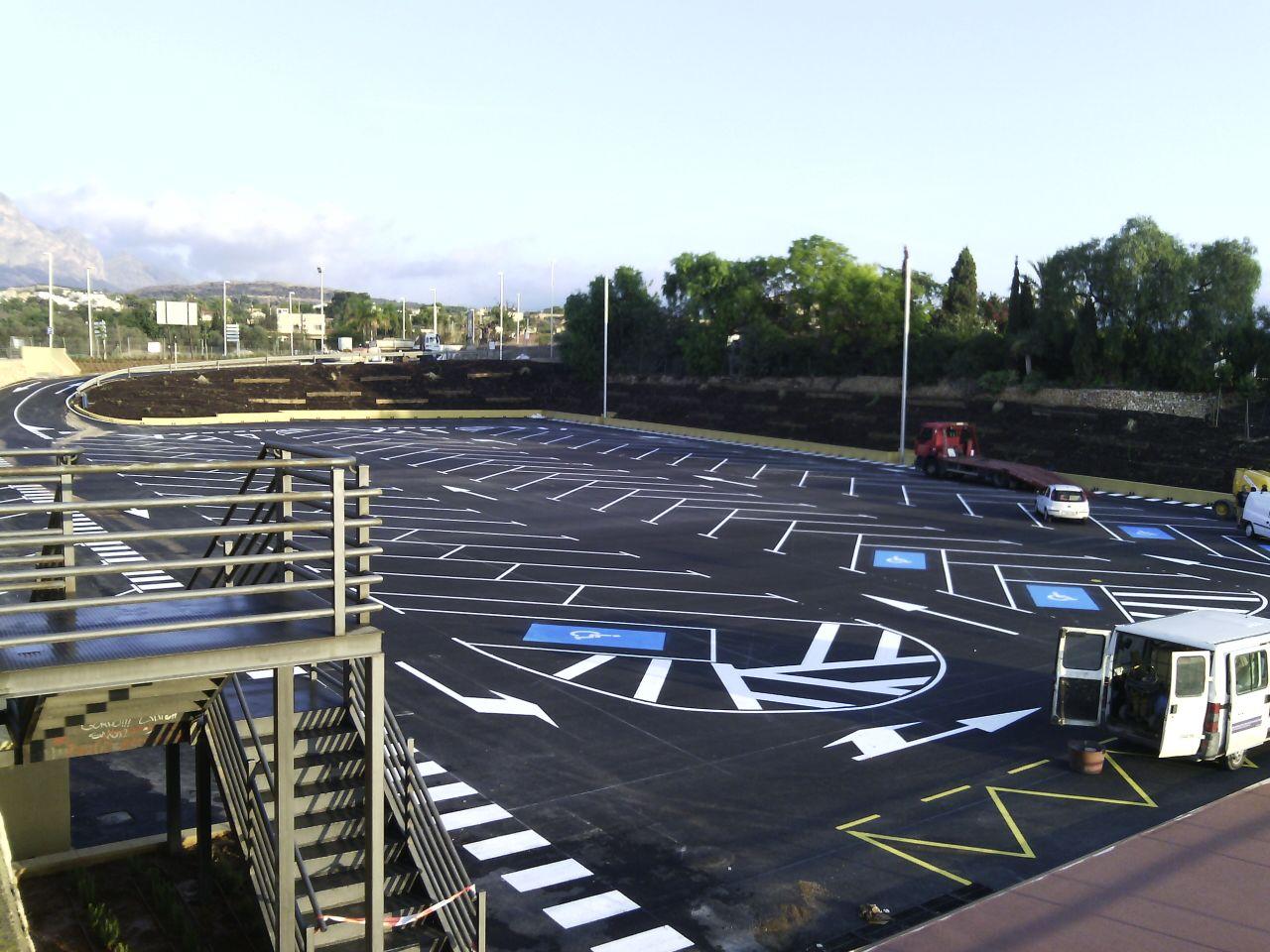 L'Alfàs crea un recinto multiusos junto al polideportivo municipal con 130 plazas de aparcamiento
