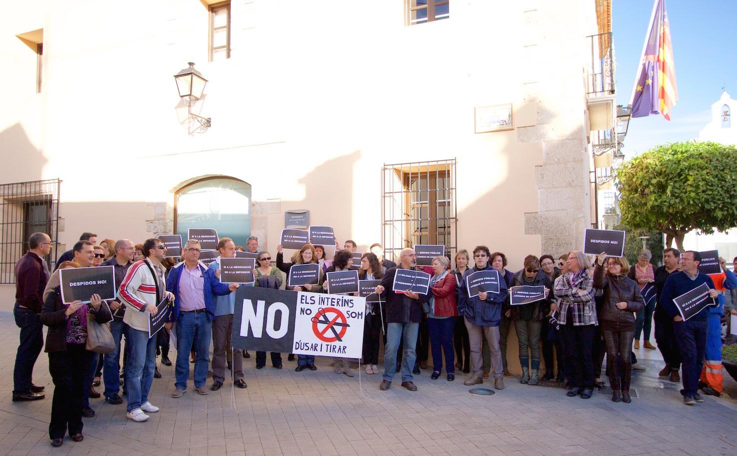 Los trabajadores municipales de Benissa, en pie de guerra contra los despidos