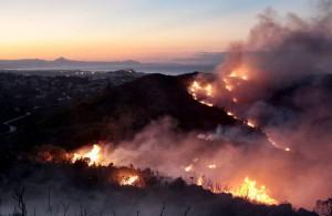 incendio forestal  entre el montgo y denia