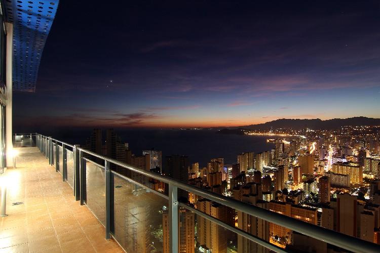 El alojamiento irregular hunde las cifras de ocupación de los apartamentos turísticos en 2014