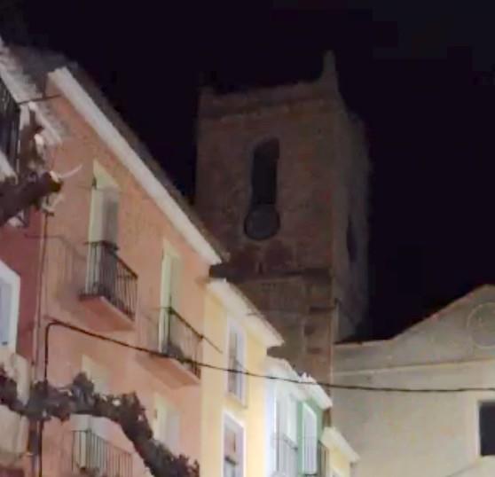 Los vecinos de La Vila se comieron las uvas a la 'andaluza'