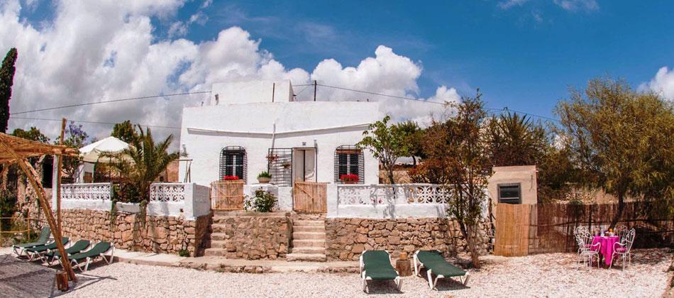 Turismo rural y activo: EL PARAÍSO DE TÁRSILA, una casa rural frente al mar