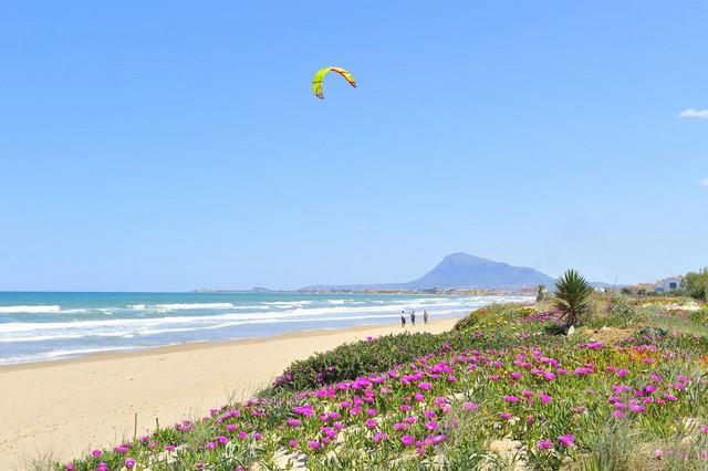 La CHJ sitúa a las playas de Dénia, Xàbia y Moraira entre las más amenazadas por la subida del nivel del mar a causa del cambio climático