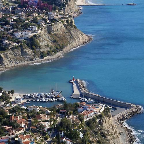 Una inversi n privada de 3 millones permitir barcos de lujo y un centro comercial en puerto - Restaurante puerto blanco calpe ...