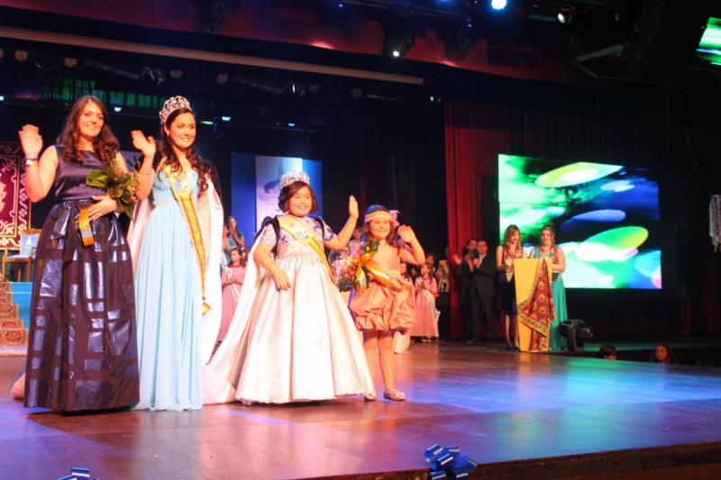 Beatriz Amor y Paula González de Zárate serán coronadas este sábado como Reinas de las Fiestas Mayores Patronales 2015