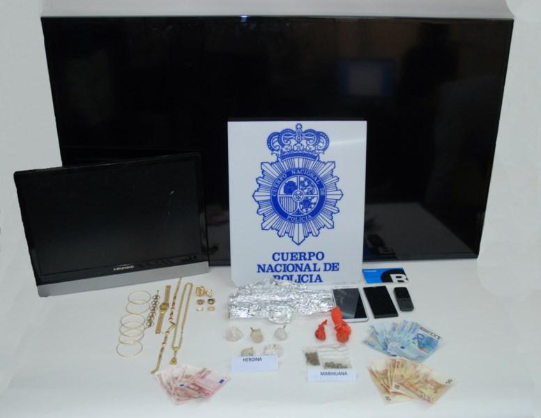 La policía desarticula un grupo criminal en una operación contra la venta de droga al menudeo en Benidorm
