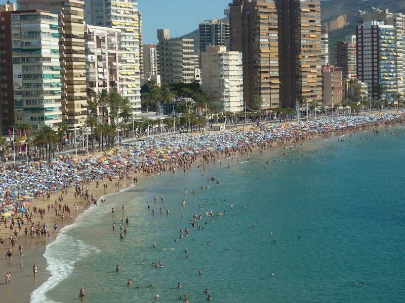 Vuelve al Congreso el juego entre el PP y el PSOE a cuenta de la declaración de Benidorm como municipio turístico