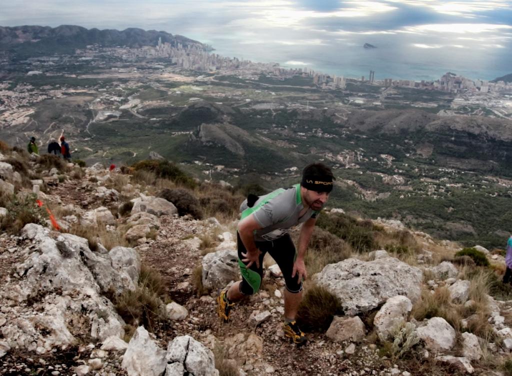El Puig Campana acoge el campeonato valenciano de kilómetro vertical