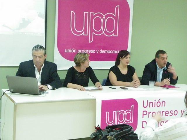 """UPyD Dénia inicia su campaña """"de bajo coste"""" con la presentación de la candidatura"""