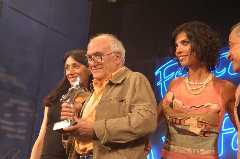 L'Alfàs del Pi rinde homenaje al fallecido Vicente Aranda