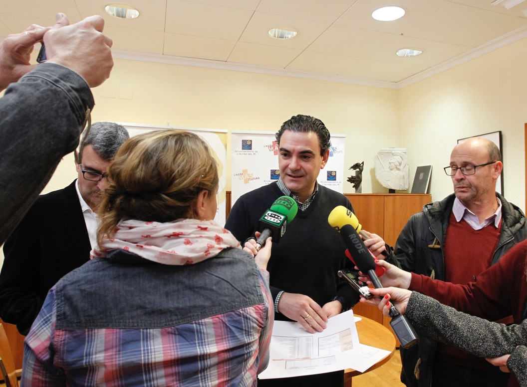 Arques tendrá que declarar como imputado tras la denuncia del PP sobre un 'camper' cerrado hace más de un año