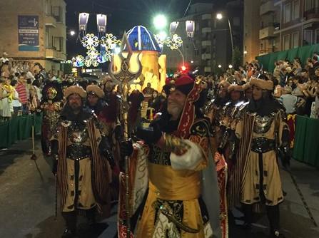 La 'Artilleria Mora' del Rey conquista La Vila en busca de 'La Voz Suprema'