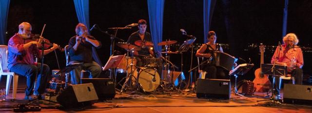 Aire fresco de Andorra para una noche tórrida en la apertura de Música al Castell