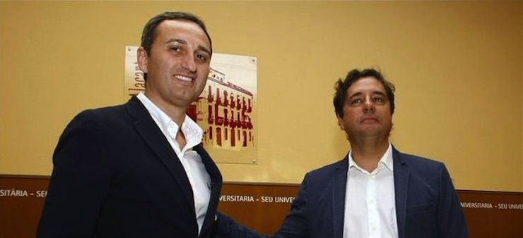 PP y Ciudadanos firman el pacto que encumbra al alcalde de Calp a la presidencia de la Diputación