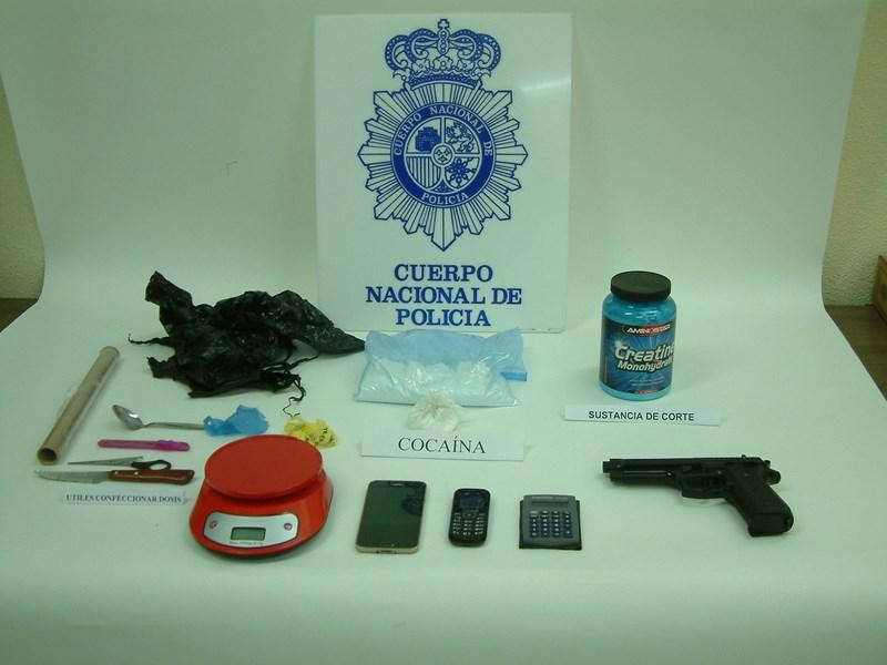 Detenido en Benidorm con más de 300 gramos de cocaína en el salpicadero de su vehículo