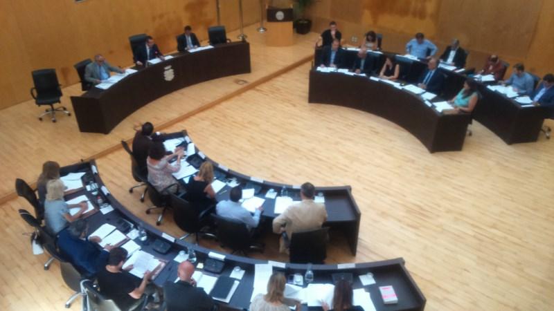 Quién cobra qué en los ayuntamientos de La Marina Baixa