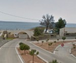 Una de la calles del PAI de Portosenso por donde se accede al puerto deportivo.