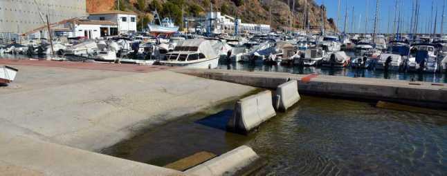 Xàbia negocia pagarle una tasa al Consell para que reabra el varadero del puerto público