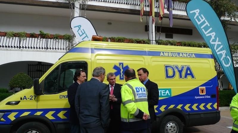 El gobierno paga 14.000 euros más para garantizar la ambulancia nocturna en verano que el anterior solo firmó hasta el 31 de mayo