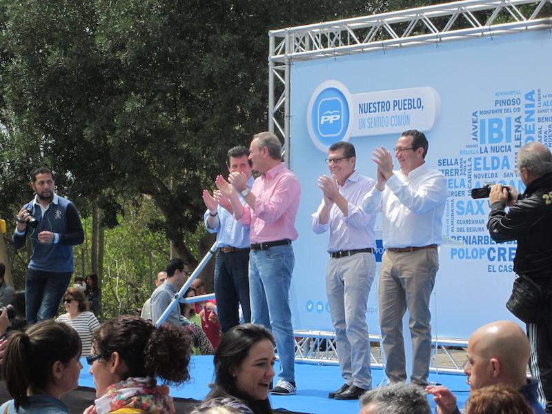 Císcar aparta al PP de Benidorm de su dirección provincial, donde la comarca pierde peso