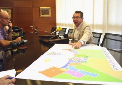 Benidorm quiere cambiar varios colegios electorales de sitio para fomentar la participación