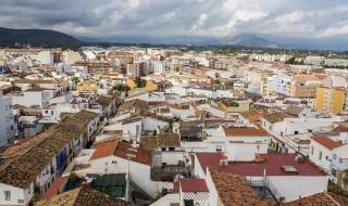 El barrio de les Roques, en una vista desde el castillo de Dénia. FOTO: Sergi García.