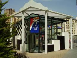 Benidorm trasladará la oficina del SATE al Rincón de Loix por la cantidad de turistas extranjeros en la zona