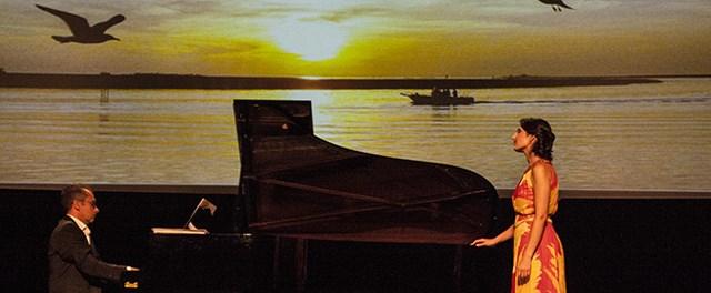 Los mil registros del amor por Carmen Paula Romero, en la Setmana de la Música de Dénia