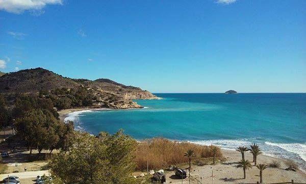 Un paseo por la costa de La Vila para celebrar el día del Turismo