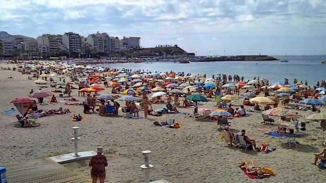 Su tranquilidad y la limpieza, razones de la alta fidelidad a las playas de Benidorm