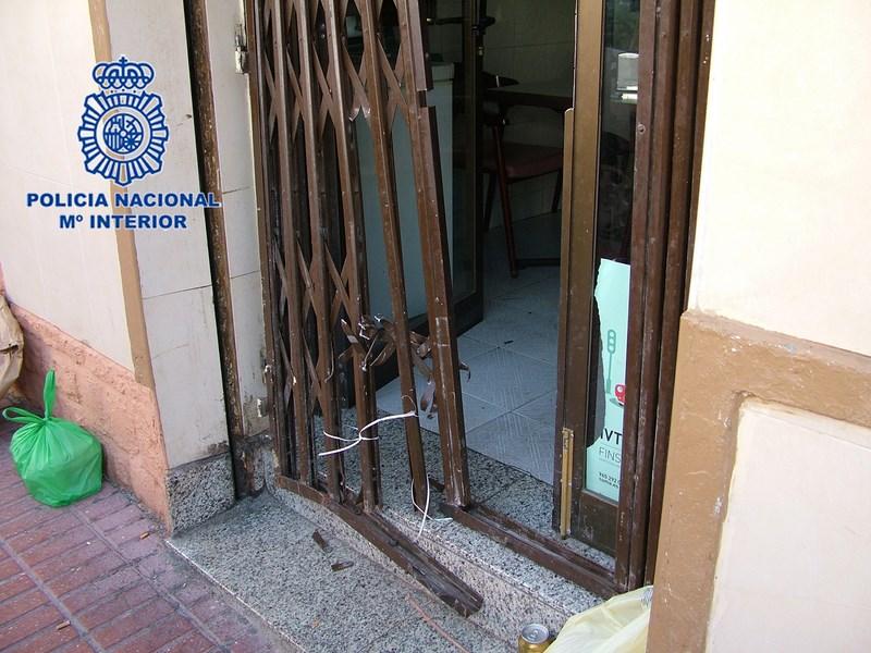 Detenido cuatro veces en un mes por quince robos con fuerza en restaurantes de Benidorm