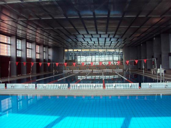 La Vila renuncia a municipalizar la piscina y prepara un nuevo concurso tras rescindir el contrato con la adjudicataria